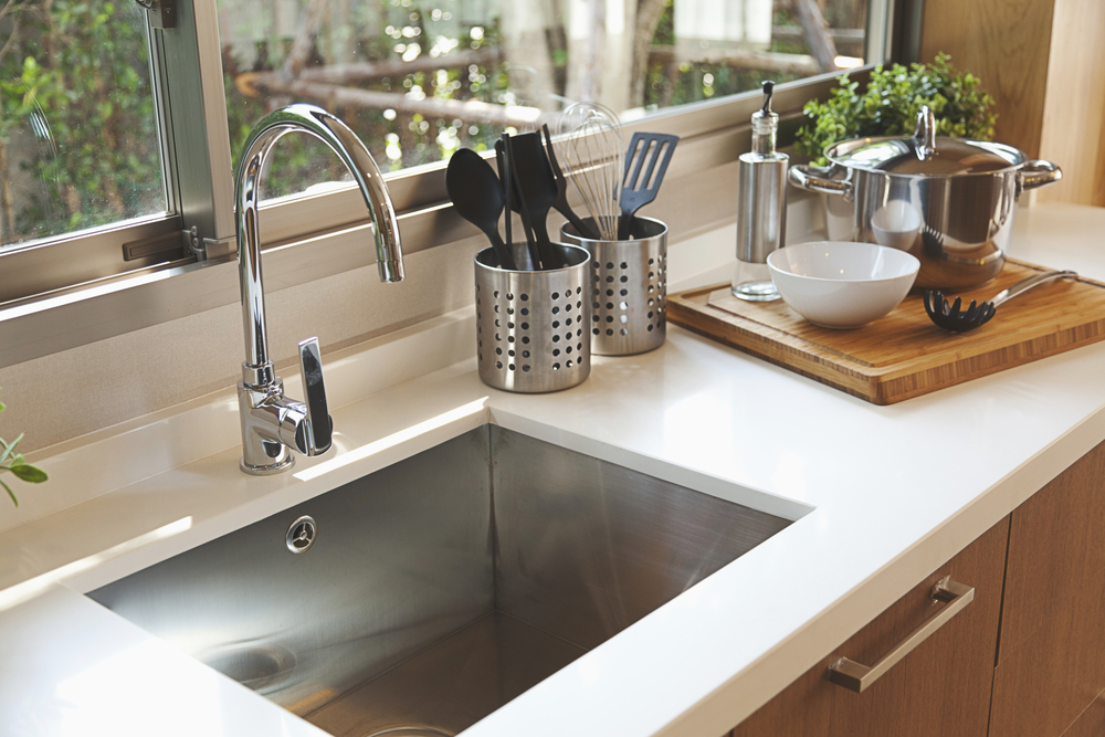Faucets & Sinks